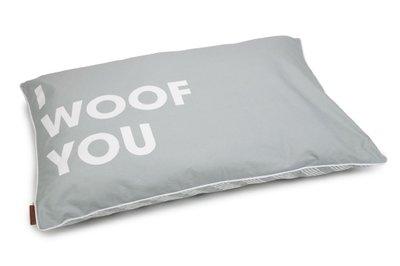 Beeztees loungekussen Woof You lichtgrijs 100 x 70 cm